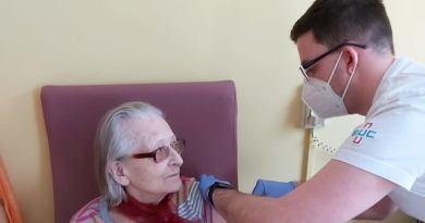 Většina zařízení pro seniory vPlzni už má naočkováno