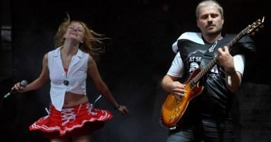 Skupina Ať se snaží ona zahraje poprvé v Plzni
