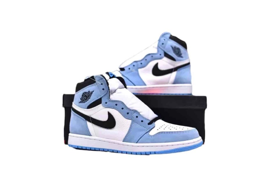 Jordan 1 Retro High White University Blue Black (7)