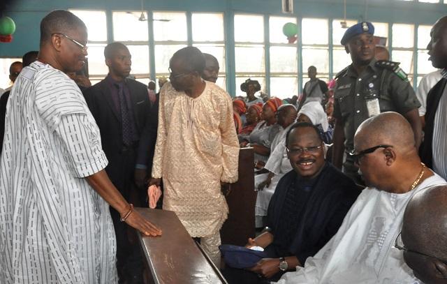 L-R: Dr Gbola Adetunji, the husband of the deceased, Senator Abiola Ajimobi, Otunba Adebayo Alao Akala and others inside the church...