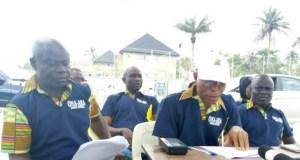 Hon. Biliaminu Ogundele(middle) with Babatunde Olaniyi during the press briefing