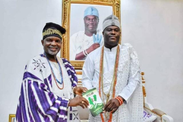 Oloye Lekan Alabi, left, with the Oonirisa, Oba Adeyeye Ogunwusi…