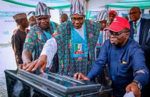L-R: Lagos' Gov Akinwunmi Ambode, President Muhammadu Buhari and Health Minister, Professor Isaac Adewole...at the event...