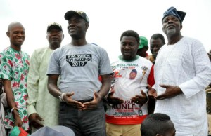 L-R: Oyo State PDP Financial Secretary, Mr Tope, party chairman, Alhaji Omokunmi Mustapha, gubernatorial candidate, Engr Seyi Makinde, candidate for Akinyele/Lagelu federal constituency, Mr Kunle Yussuf and Oyo Central senatorial candidate, Chief Bisi Ilaka at Akobo during the party's campaign in Lagelu LGA…