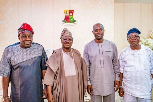 L-R: Oyo's Deputy Governor, Chief Moses Alake Adeyemo, Gov Abiola Ajimobi, Engr Seyi Makinde and his Deputy Governor-Elect, Engr Rauf Olaniyan...