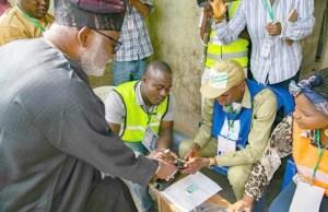 Ondo's Governor Oluwarotimi Akeredolu getting ready to vote on Saturday...