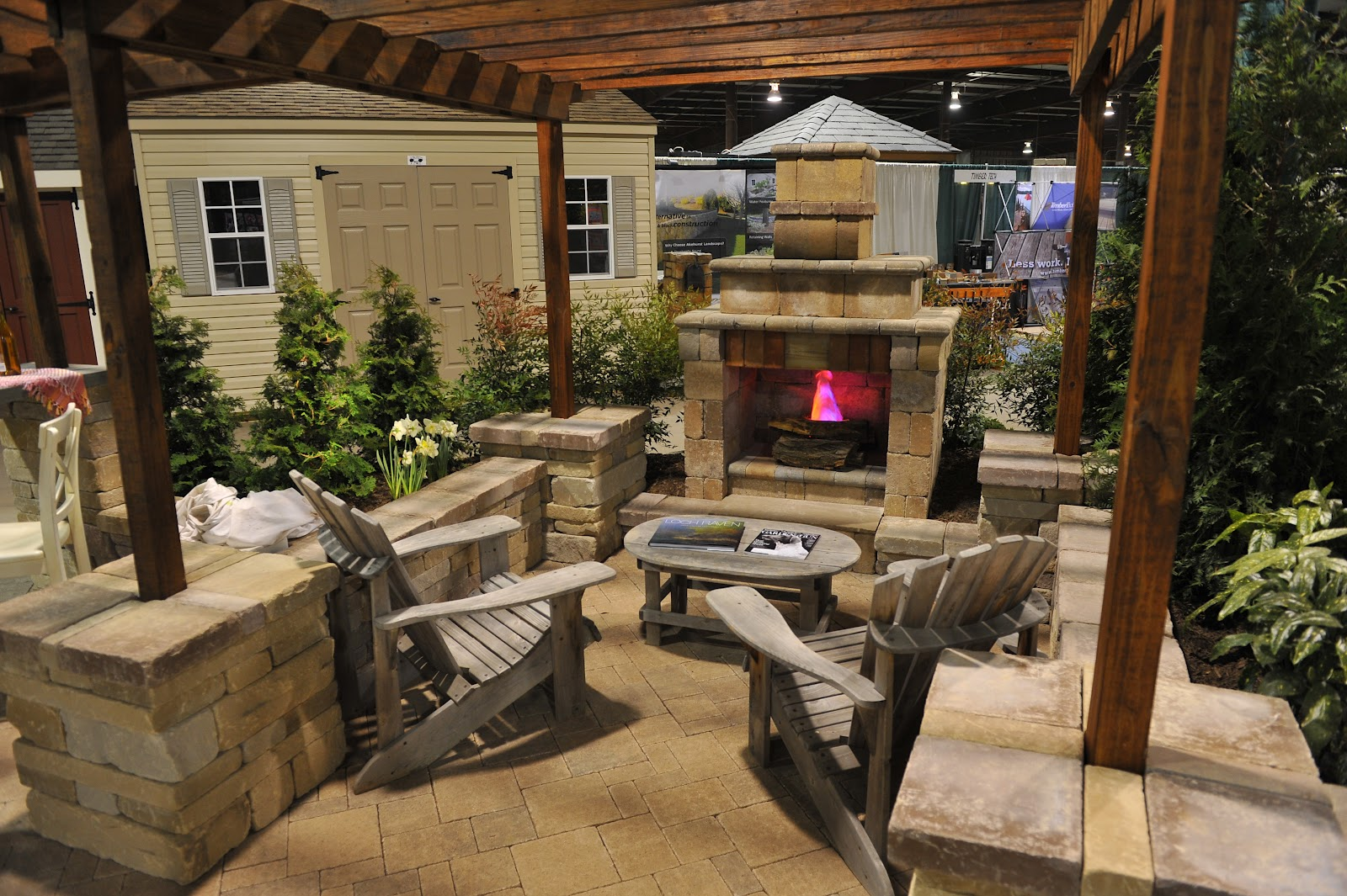 27 Split Level Exterior Remodel Ideas For Chicago on Small Backyard Renovation Ideas id=89603