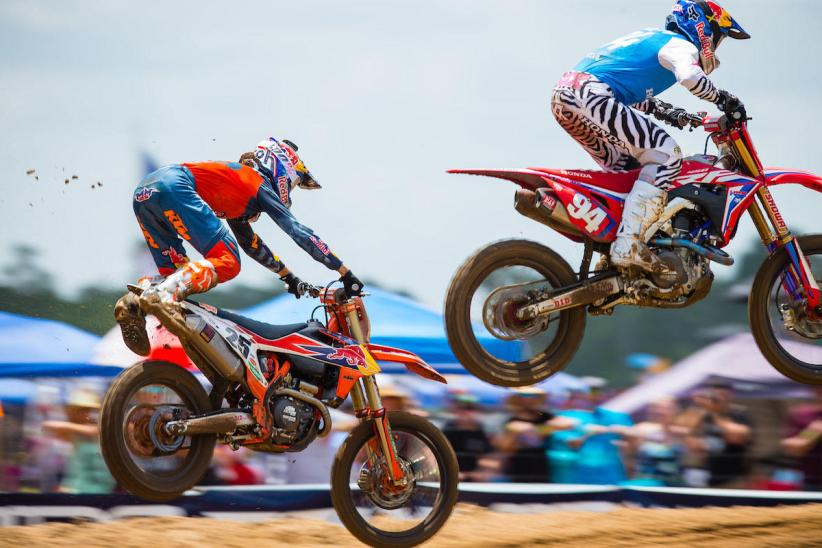 Musquin narrowly avoided a big crash in his pursuit of Roczen in Moto 1, but recovered and went on to take the win.