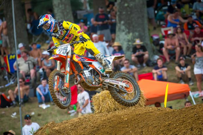 Musquin's consistent 3-3 moto scores placed him third overall on the day.