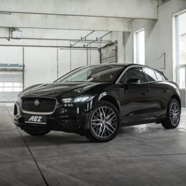 Jaguar-I-PACE--AEZ-Panama-dark-01