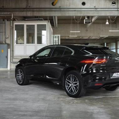 Jaguar-I-PACE--AEZ-Panama-dark-03