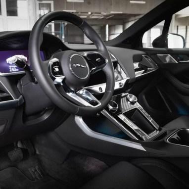 Jaguar-I-PACE--AEZ-Panama-dark-06