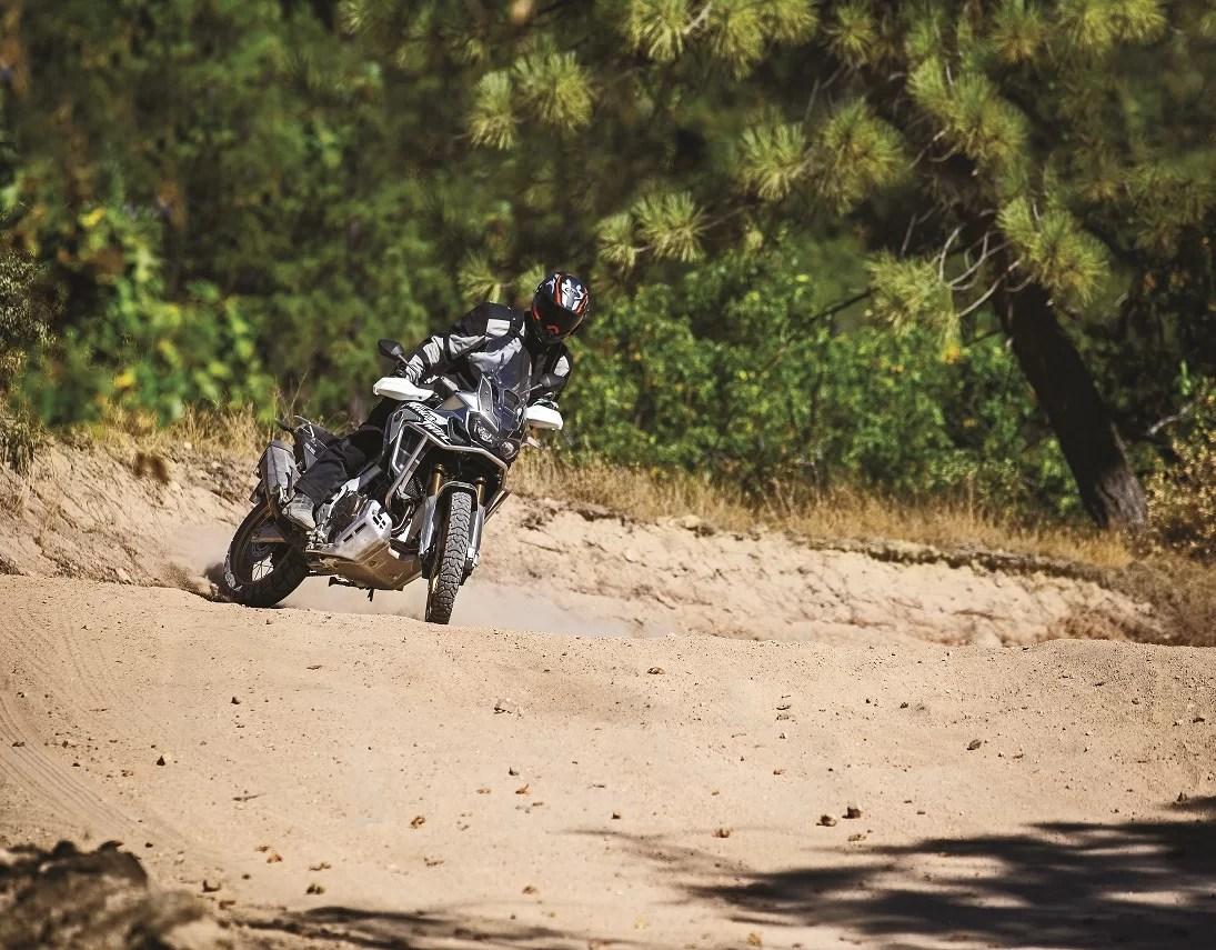 Dunlop_Trailmax_Mission