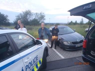 mestska-policie-praha-kradez-kol-skoda-octavia- (3)