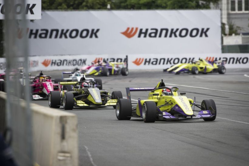 20210505_Hankook_and_girl_power_W_Series_starts_on_Hankook_tyres_at_Formula_1_race_weekends_02