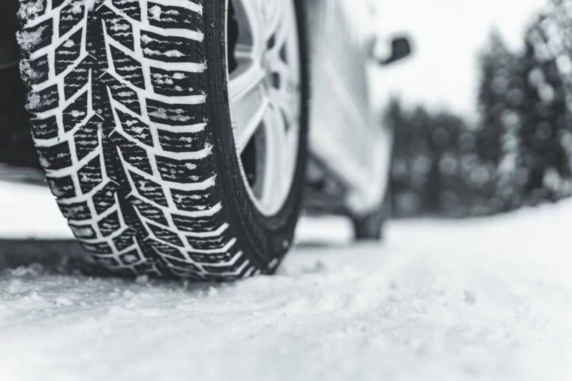 Nokian_Snowproof_C_180_