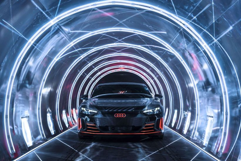 20210610_Audi_e-tron_GT_also_on_the_road_on_Hankook_E-tyres_01