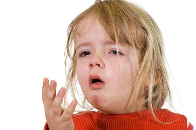 Что делать, если у ребенка осип голос без признаков простуды. Доктор комаровский о том, что делать, если у ребенка осип голос Что делать если у ребенка сипит голос