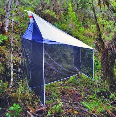 Malaise trap for catching insects