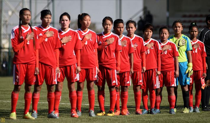 नेपाली महिला फुटबल टोली थाइल्याण्ड जादै