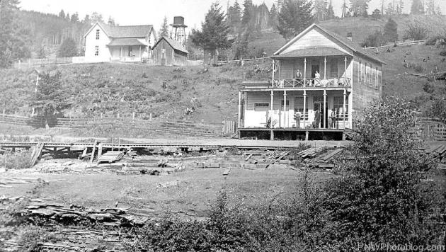 Construction of Valley & Siletz Railroad