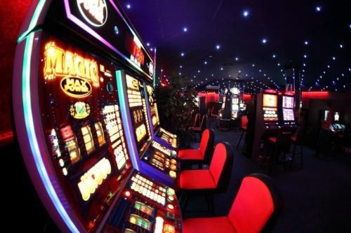 Игровые автоматы super jump играть бесплатно без регистрации вулкан казино реально или нет
