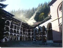 800px-Rila_monastery_-_bulgaria