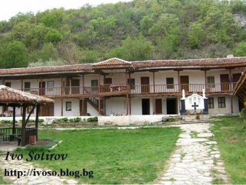 Ustremski manastir 3(1)