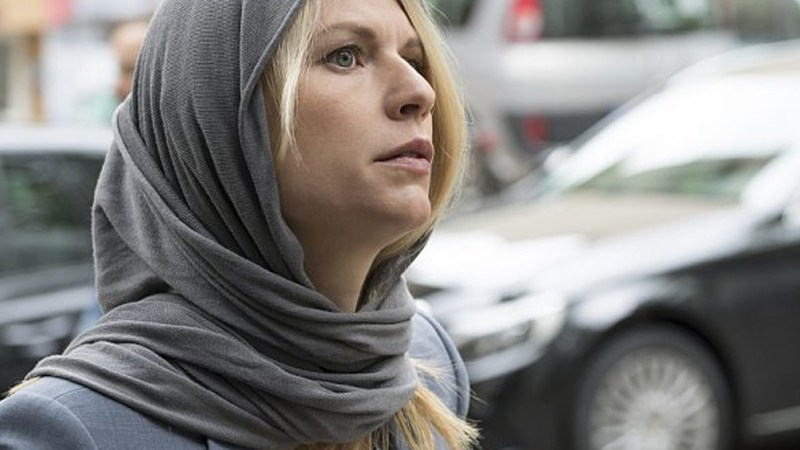 Review   Homeland (S05E01): Separation Anxiety