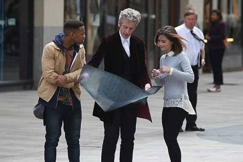 Doctor-Who-9x10-001