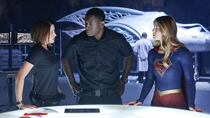 Review | Supergirl – 1×05: How Does She Do It?