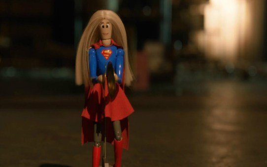 Review   Supergirl - 1x10: Childish Things