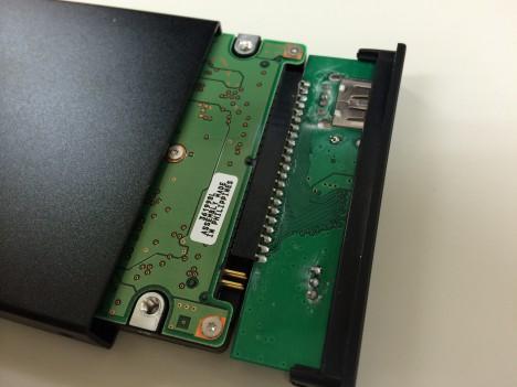 ハードディスクケース交換-接続部