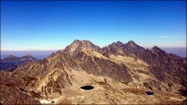 Mała Wysoka (2429 m n.p.m.) - spojrzenie na m.in. Lodowy Szczyt, Lodową Kopę, Durny Szczyt i Łomnicę - sierpień 2012