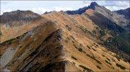 Widok z głównej grani Tatr Zachodnich, w tle m.in. Kasprowy Wierch i Świnica - październik 2012