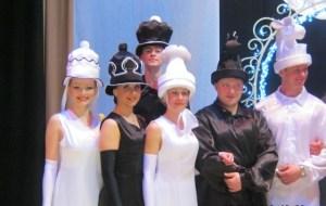 Шляпы для танцевального коллектива.