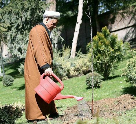 Rafsanjani watering pistachios