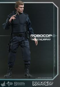 902285-robocop-battle-damaged-version-alex-murphy-017
