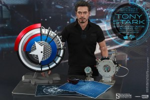 902301-tony-stark-with-arc-reactor-creation-accessories-003