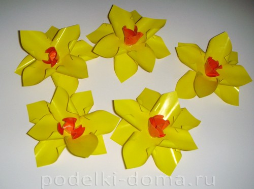 Paper Flowers daffodils07.
