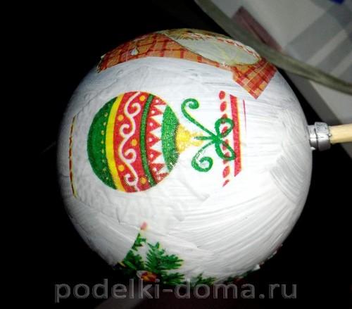 Елочный шар декупаж3