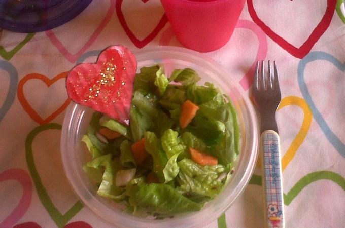 Ambra e l'insalata per merenda