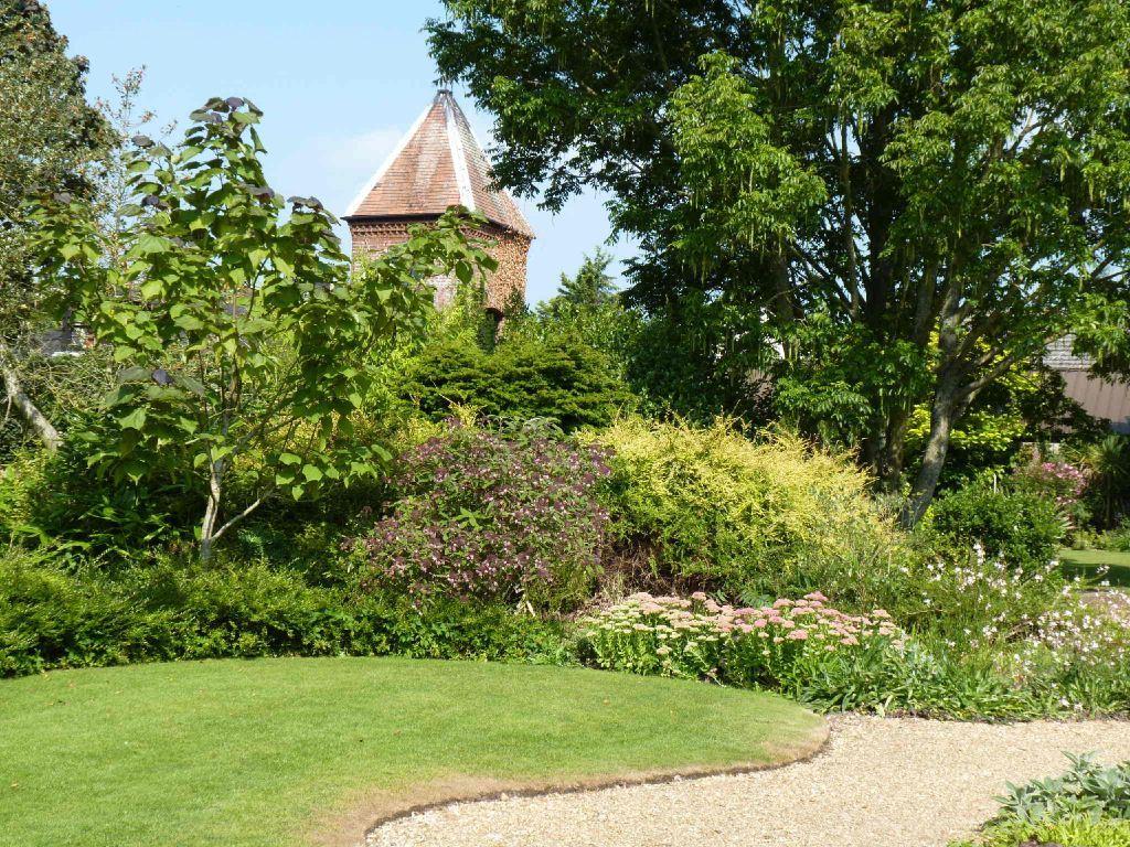 Denmans Garden, nasadzenia mieszane