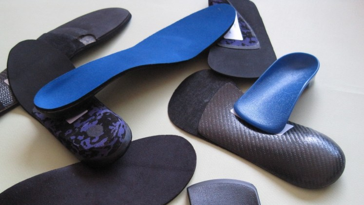 orthotics, Chiropractic Oakville, custom orthotics
