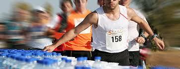 """Résultat de recherche d'images pour """"hydratation marathon"""""""