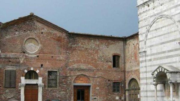 В Италии нашли средневековый зубной протез из золота (фото ...