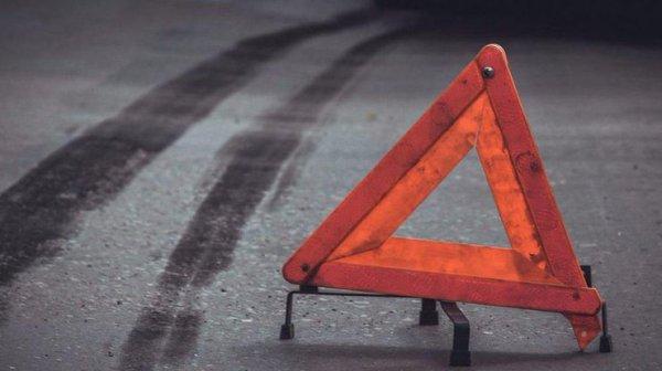 В Киеве в жутком ДТП перевернулось авто (фото ...