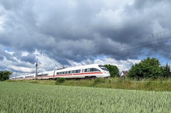 intercity-express-1284735_640