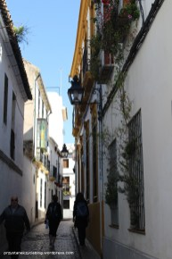 Cordoba_narrow_streets2