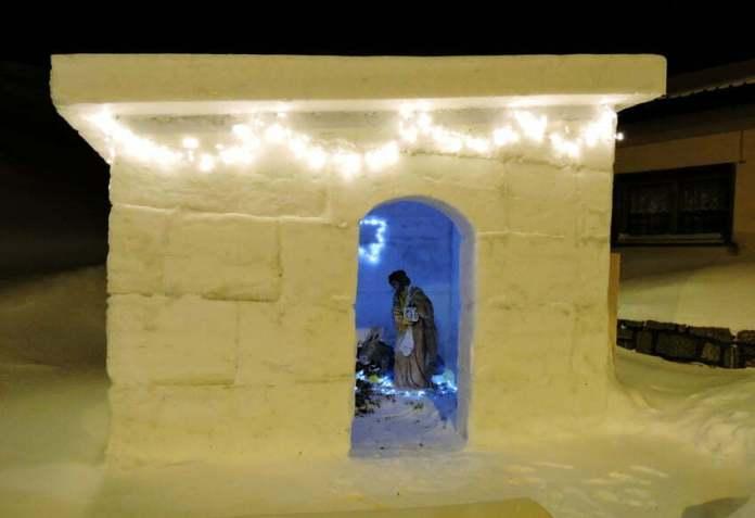 szopka z lodu w Livigno